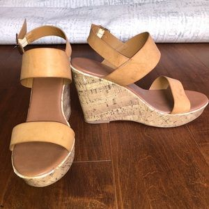 MOSSIMO TAN FAUX LEATHER WEDGES